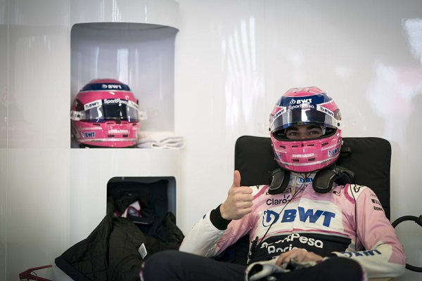 Lance Stroll gives the SportPesa Racing Point RP19 car the thumbs up