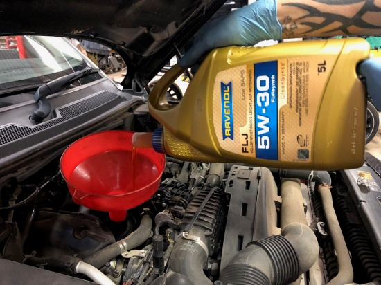 Send us a pic of you using RAVENOL to receive a 5% off voucher